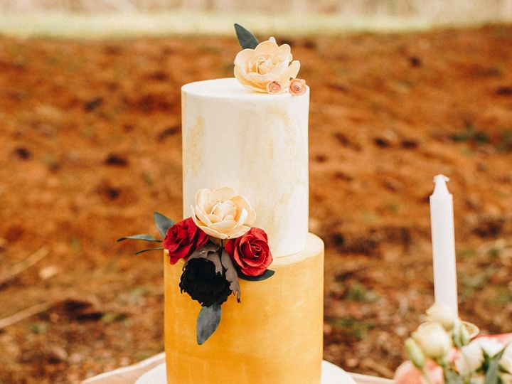 Tmx Bd7c5661 51 1916725 157957535025552 Toledo, OH wedding cake
