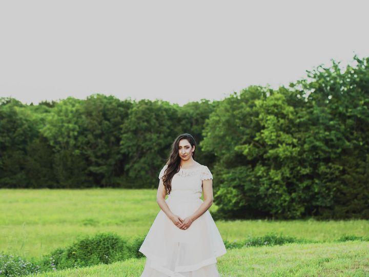 Tmx 1517007649 C9ea9932f07f8ec7 1517007647 7507b9c95dbccad3 1517007628132 20 160604 Tiffany Go Kansas City wedding photography