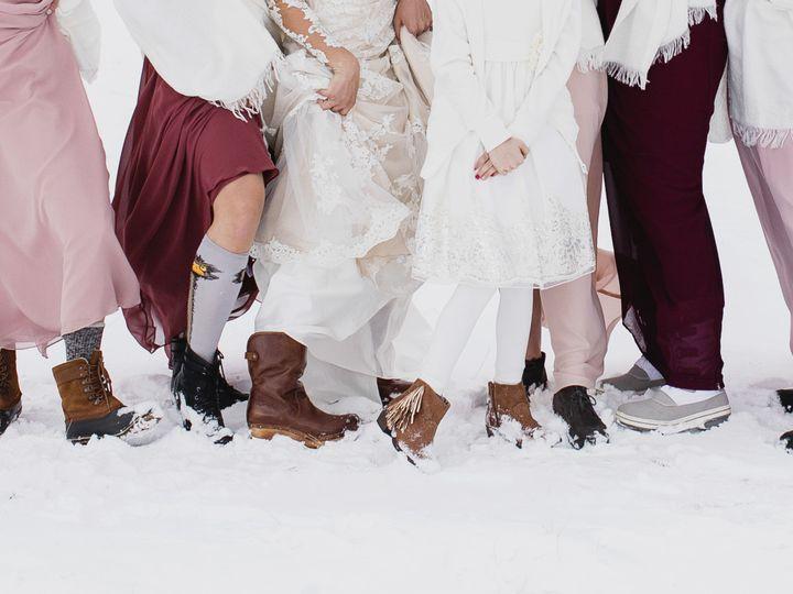 Tmx 1517007705 976490ae19d06e80 1517007702 2d50698356cb29ae 1517007682649 31 161217 Erin Isaac Kansas City wedding photography