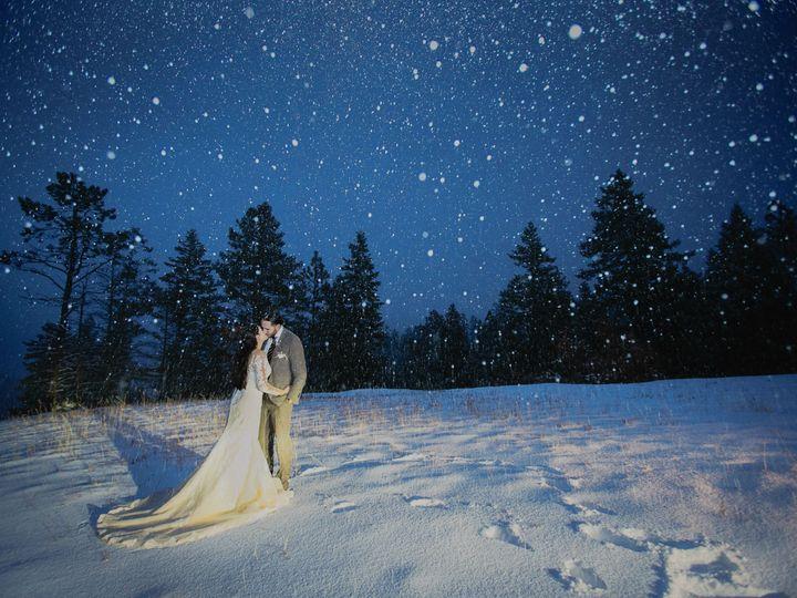 Tmx 1517007707 Df40a27940191cae 1517007702 B14e71592eed8338 1517007682650 32 161217 Erin Isaac Kansas City wedding photography