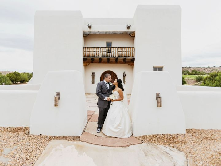 Tmx 1517007798 E961698c6b7c0416 1517007795 E0ee99188fb23766 1517007777037 49 170930 Miquela Ga Kansas City wedding photography