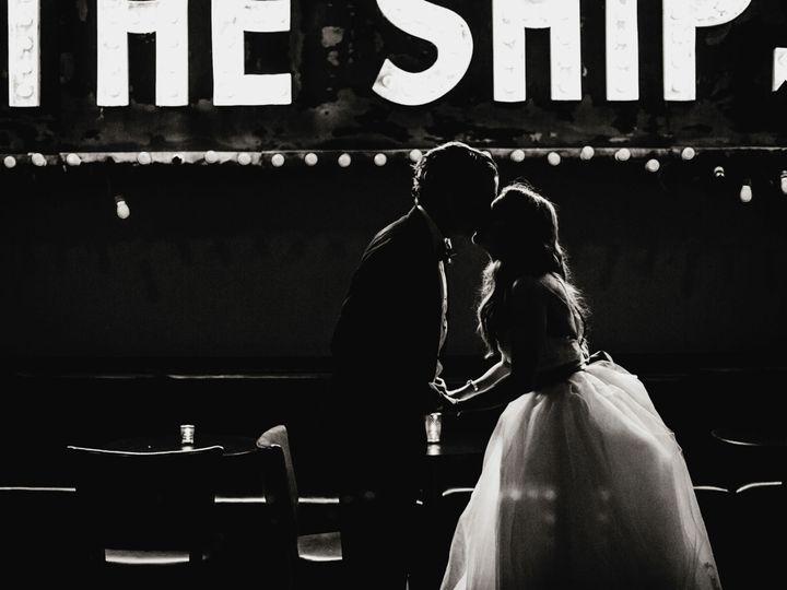 Tmx 1517007825 Cfe12c5b6cd8af47 1517007822 Bc53e976bbcd8c23 1517007802835 56 20140426 Laura Ti Kansas City wedding photography