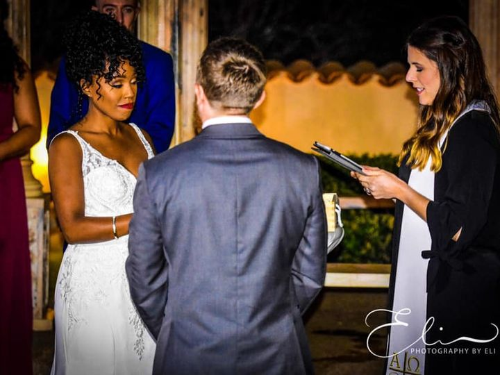 Tmx 44957016 2199758990300983 6133446691505831936 N 51 1011825 Austin wedding photography
