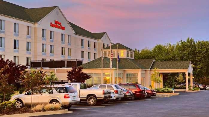 Hilton Garden Inn Venue Springfield Il Weddingwire