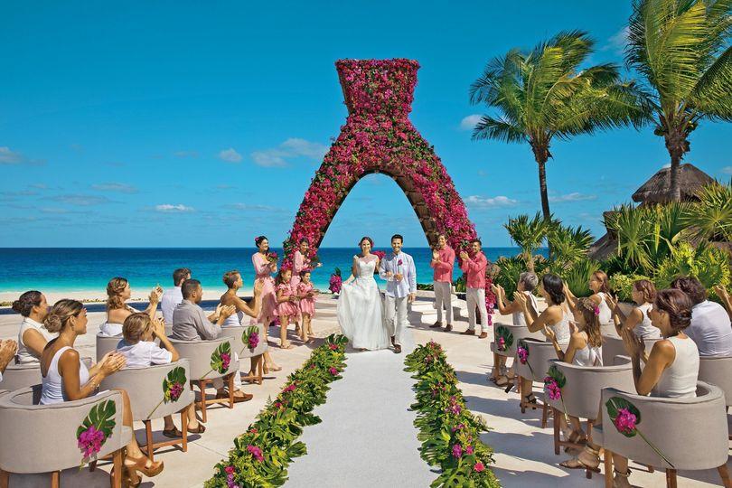 AM Resorts -Cultural Displays