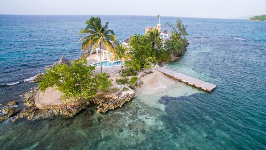 Private island for couples