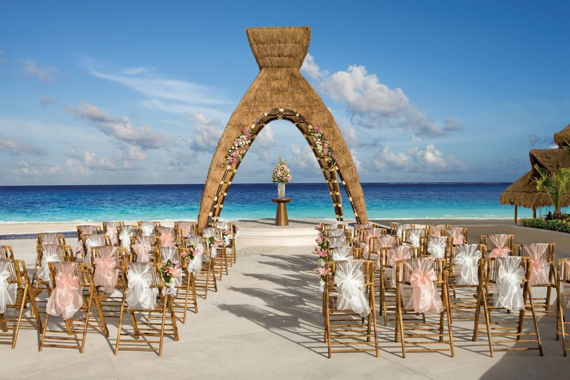 800x800 1462907585412 Drercwedding Gazebo1
