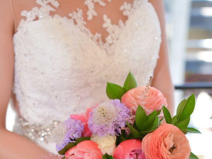 Tmx 1532746175 C6af8d7a4b04b52a 1532746168 F748f3caf13a7877 1532746153338 15 Bride Bouquet Dallas, TX wedding florist
