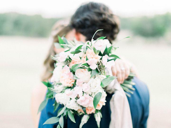 Tmx 1533326596 C39b41629cc22ffd 1533326595 618835c0d4b409e1 1533326592138 10 Bride And Groom B Dallas, TX wedding florist