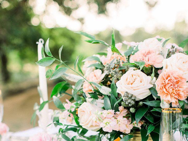 Tmx 1533326600 Da38a30e556156bd 1533326597 9665a046d07a2b18 1533326592145 17 Wedding Centerpie Dallas, TX wedding florist