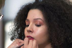 Leonella Makeup