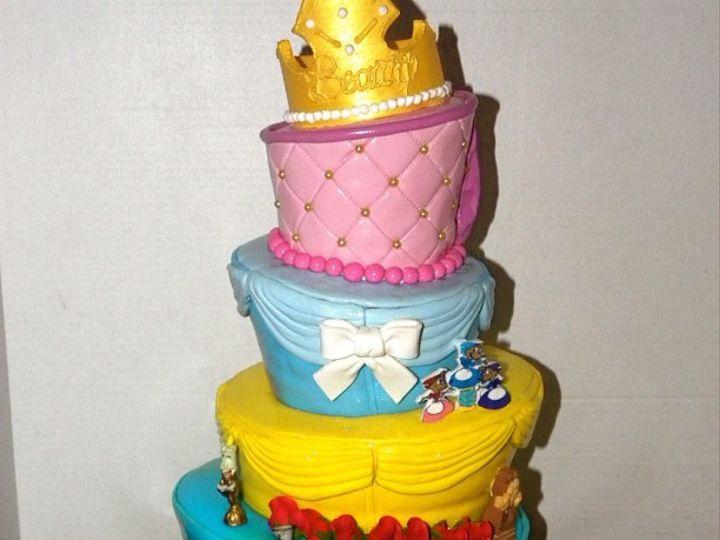 Tmx 1402958617455 2af344aae1f611e1aaa822000a1e8cb37 Bronx wedding cake