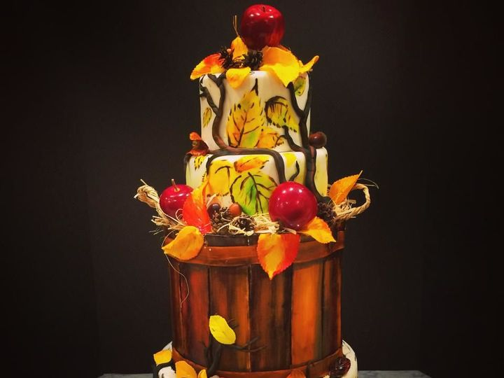 Tmx 1527019671 E870d25ba8cf92bd 1527019670 01524fce5a538d64 1527019669224 16 Fall Apples Towson, MD wedding cake