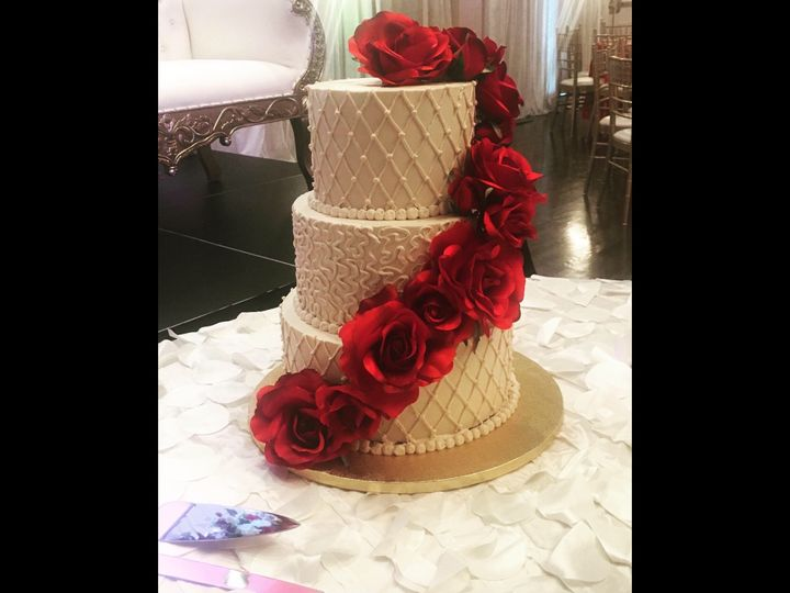 Tmx Df99427a 0097 4173 871a 0abb10203001 51 1006825 158981702588007 Towson, MD wedding cake