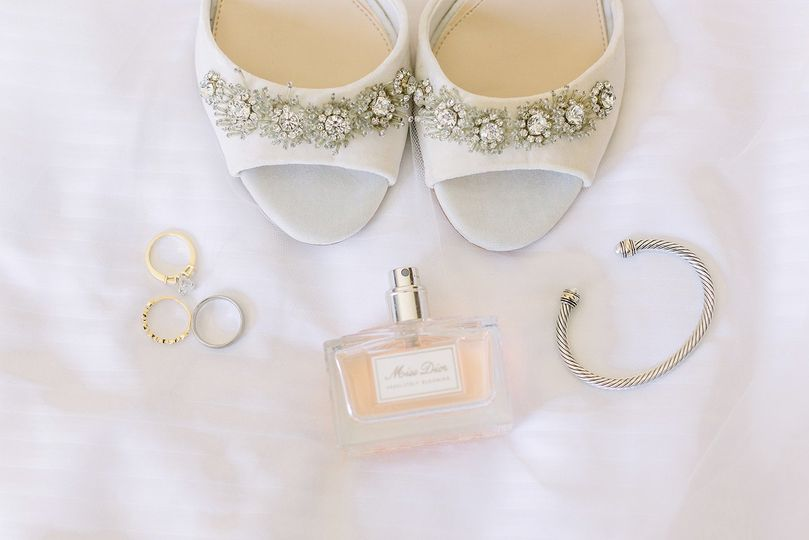 Crystal shoes | Traci and Troy Photography