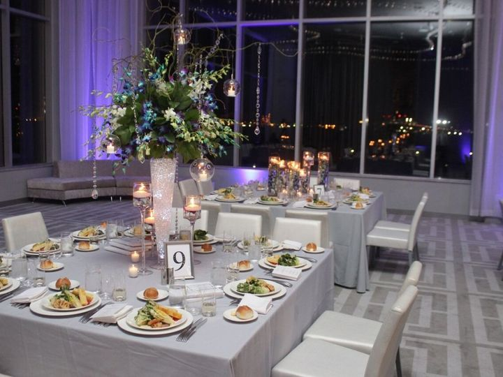 Tmx Kimberly Pintus Michael Above Wedding Table Setting 002 Preview 51 587825 Staten Island, New York wedding venue