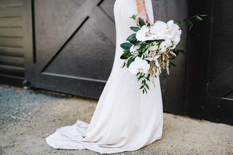 Green & White Floral Bouquet
