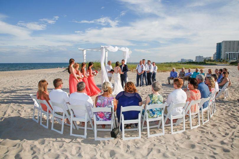 beach ceremony 2 51 616925 158350648425140