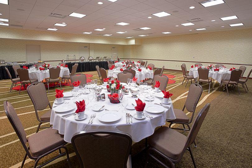 Hilton Garden Inn Bloomington Venue Bloomington In Weddingwire