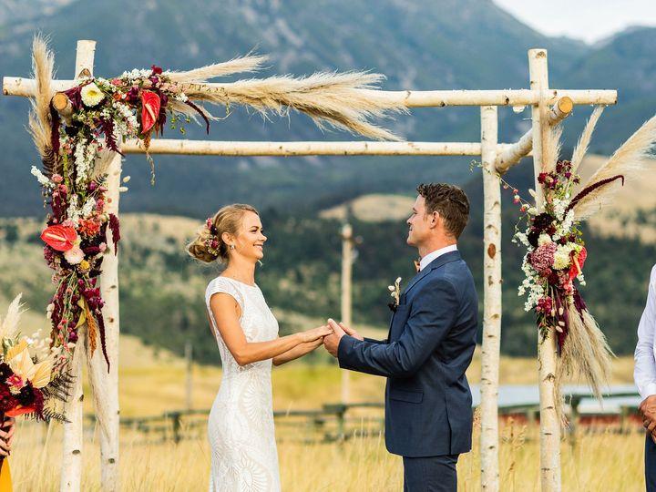 Tmx Mlp Llama Styledshoot 372 51 1458925 160187079769863 Bozeman, MT wedding planner