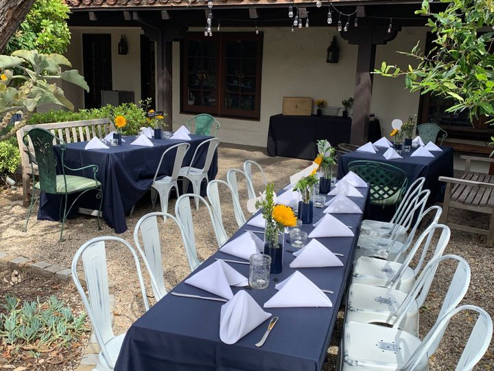 Courtyard outdoor seating