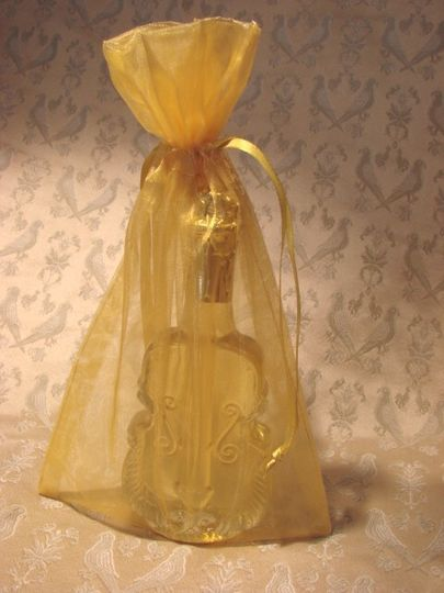 Pure honey in a novelty jar with organza pouch