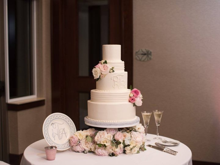 Tmx Cake 2017 51 760035 158934193866251 Southlake, TX wedding venue