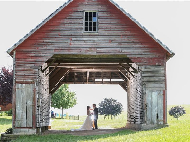 Tmx Brochure Kelly Hahn Couple In Corn Crib 51 1035 1567640271 Mount Airy, MD wedding venue
