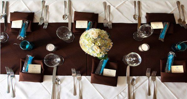 From personalized favors to elegant linens, you will find it all at the Lake Lure Inn and Spa.
