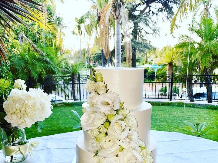 Tmx Ced5bbec B788 4a14 92e7 37045bc005e3 51 1512035 159545740588326 San Diego, CA wedding cake