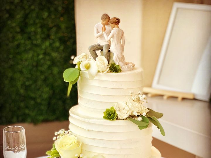 Tmx Mission Bay Hotel 3 Tier 51 1512035 160072032885701 San Diego, CA wedding cake