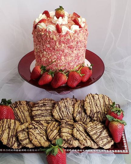 Strawberry Crunch & Cookies