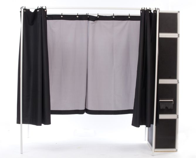 side booth open curtain