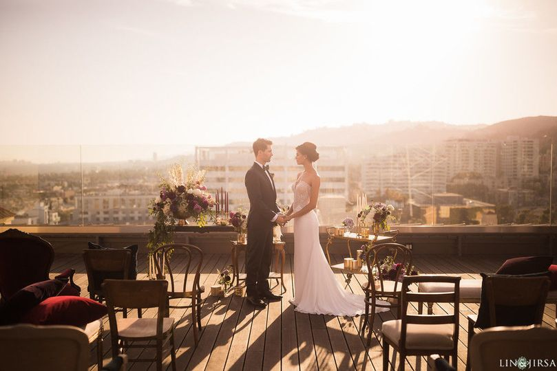 db6689296edf68ba Rooftop Wedding 21