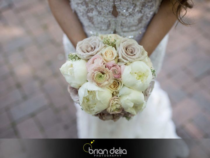 Tmx 1517591494 F45d32de59c21c42 1517591493 55d5e6e2d2133746 1517591493984 4 1004b XL Haledon, New Jersey wedding florist
