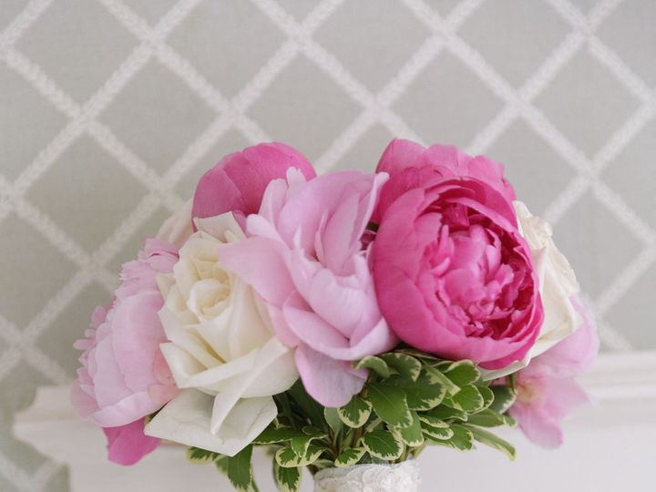 Tmx 1517592464 F480fda009311d5c 1517592463 64ad76c7bcb10a24 1517592463939 12 Image8 Haledon, New Jersey wedding florist
