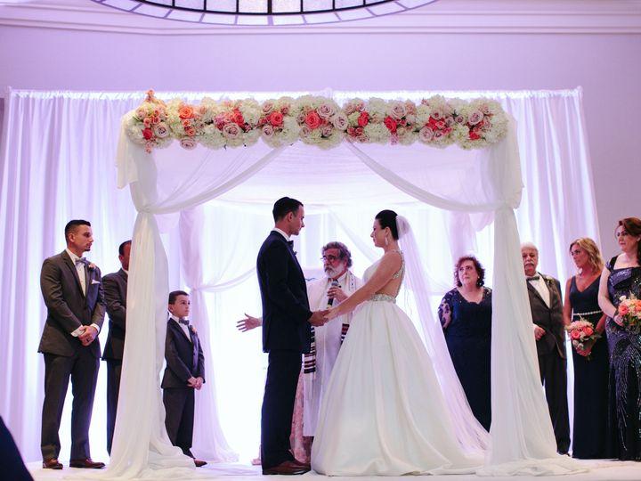 Tmx 1517594338 Edd98763af1e75ec 1517594335 5d21b56c396c2b65 1517594334453 13 IDW 498 Haledon, New Jersey wedding florist