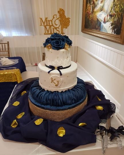 Navy blue cakes