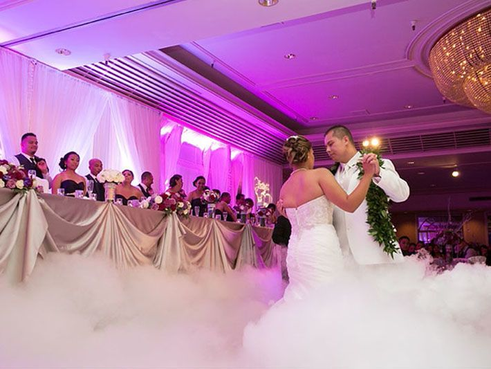 Couple dancing on the cloud effect and Up-lighting.