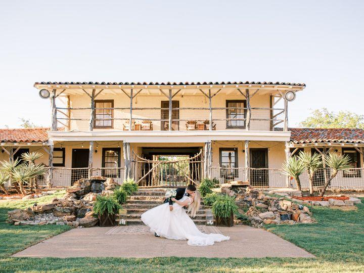 Tmx Ryr Courtyard Ceremony 1631 51 1979035 159554104142677 Mineral Wells, TX wedding venue
