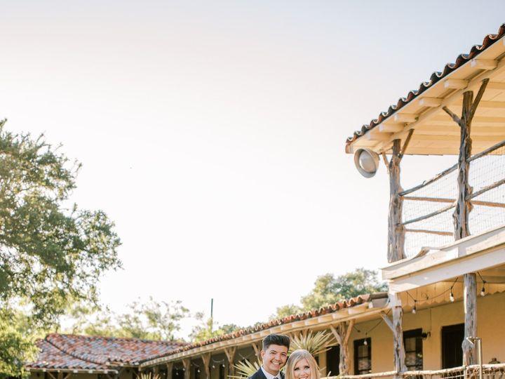 Tmx Ryr Courtyardportraits 1574 51 1979035 159554101567112 Mineral Wells, TX wedding venue