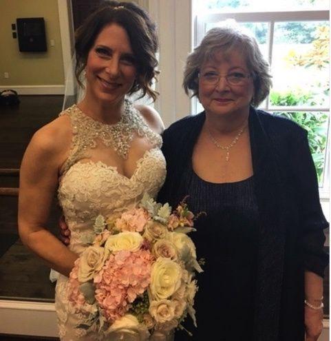 Leesburg VA Bride and Mother
