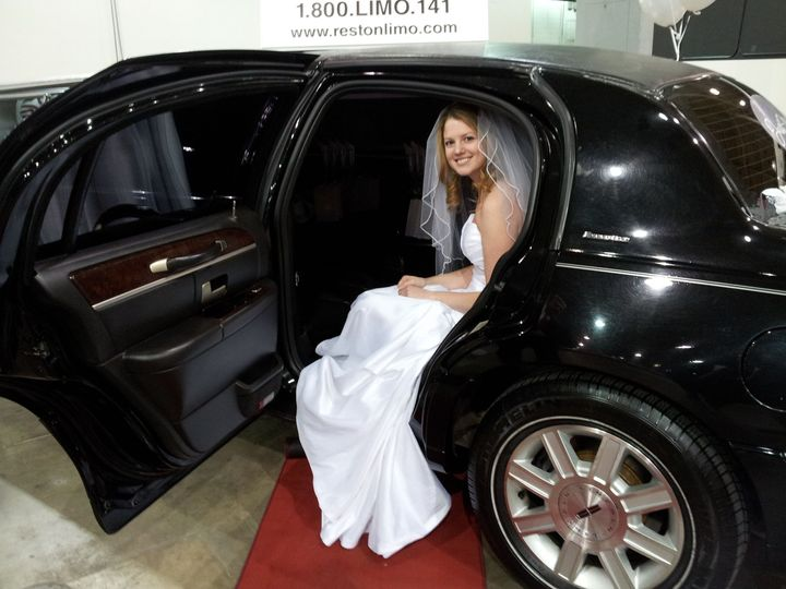 Tmx 1482774533 68d8bb2e83500535 Red Carpet 2 Sterling, District Of Columbia wedding transportation