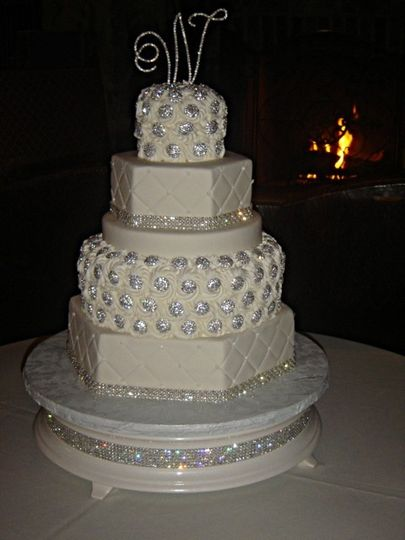Fantastic multi tiered cake with lots of sparkle and shine!