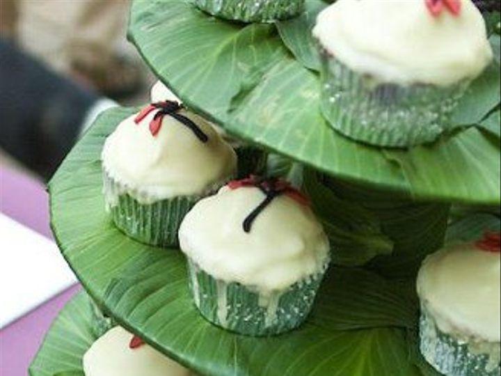Tmx 1252588803916 Cupcaketierslogo Bloomfield wedding cake