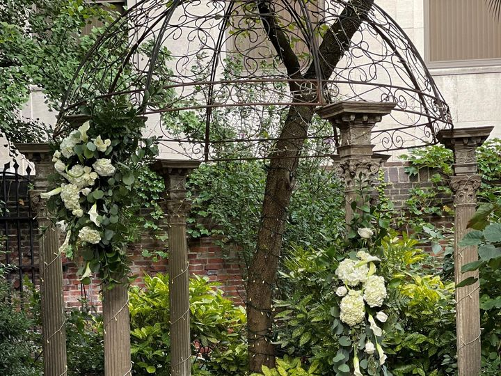 Tmx Hebden 1 51 1863135 162628477255514 Lansdale, PA wedding florist