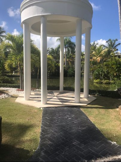 Beautiful gazebo location