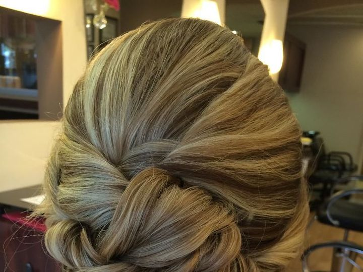 Tmx 1522799166 01eec1dd3700d2a7 1522799165 Deae2cac8614e684 1522799166266 3 Updo4 New Paltz, New York wedding beauty