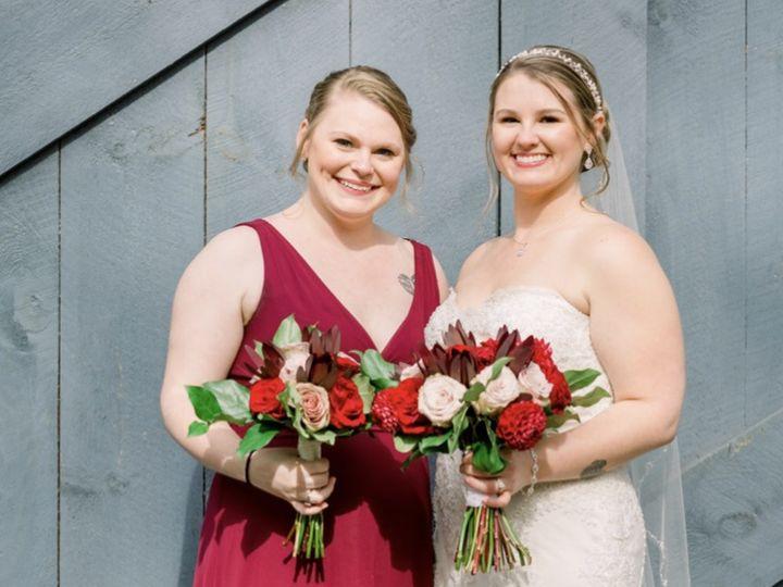 Tmx Nidya Lloyd Photography 51 74135 New Paltz, New York wedding beauty