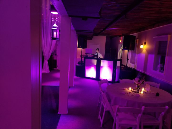 LakeWatch Inn wedding with lighting